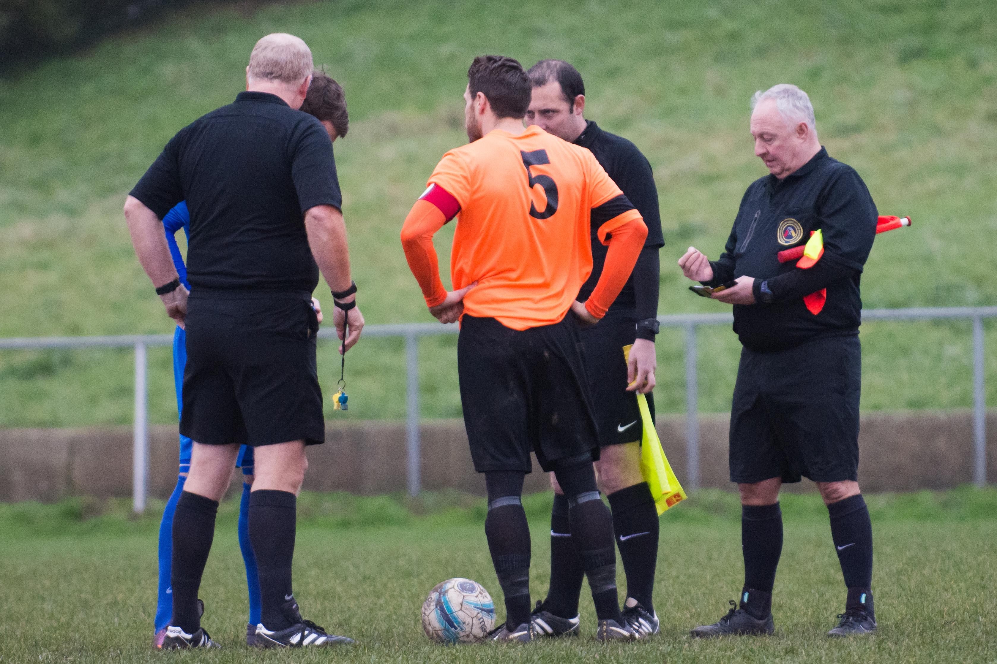 Mile Oak FC vs Oakwood FC 30.12.17 05