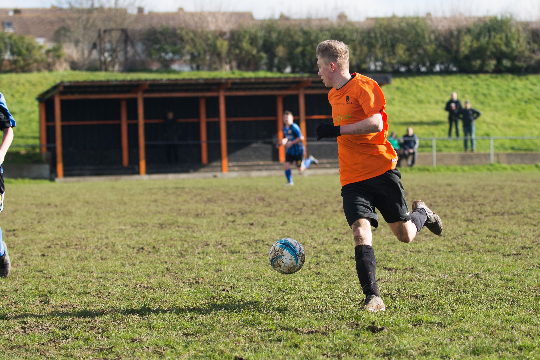 Mile Oak FC U18s vs Newhaven FC U18s 04.02.18 20