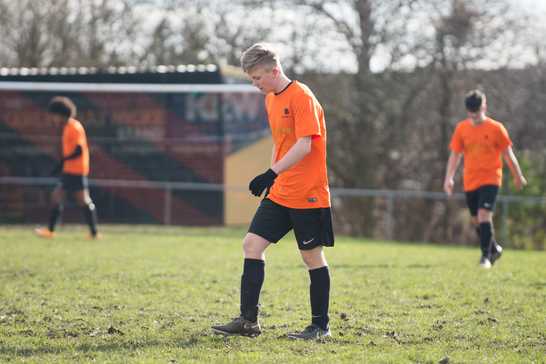 Mile Oak FC U18s vs Newhaven FC U18s 04.02.18 16