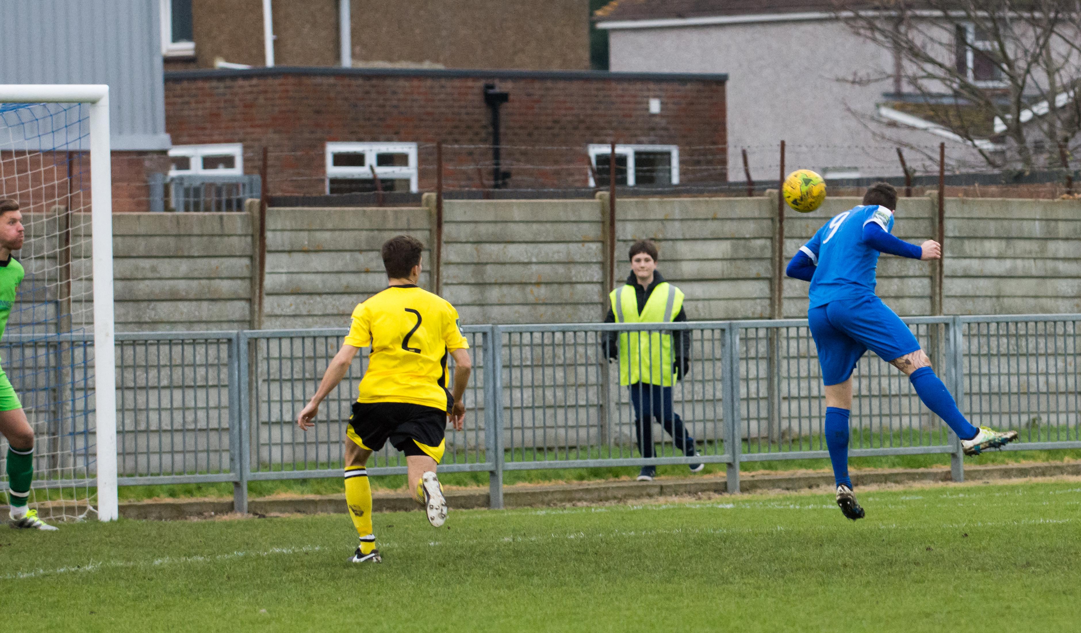 Shoreham FC vs Faversham Town 16.12.17 46