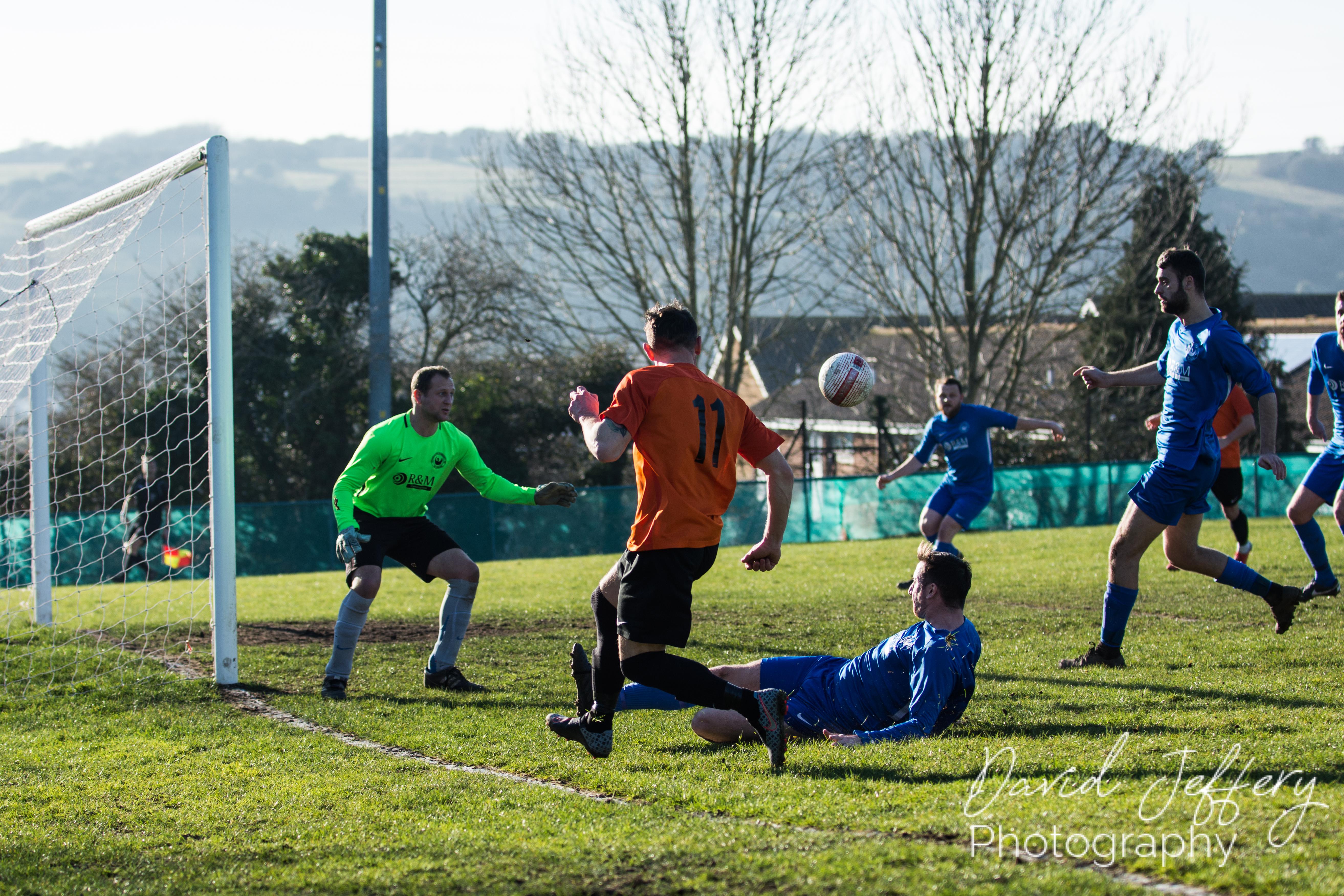 DAVID_JEFFERY MOFC vs Storrington 024