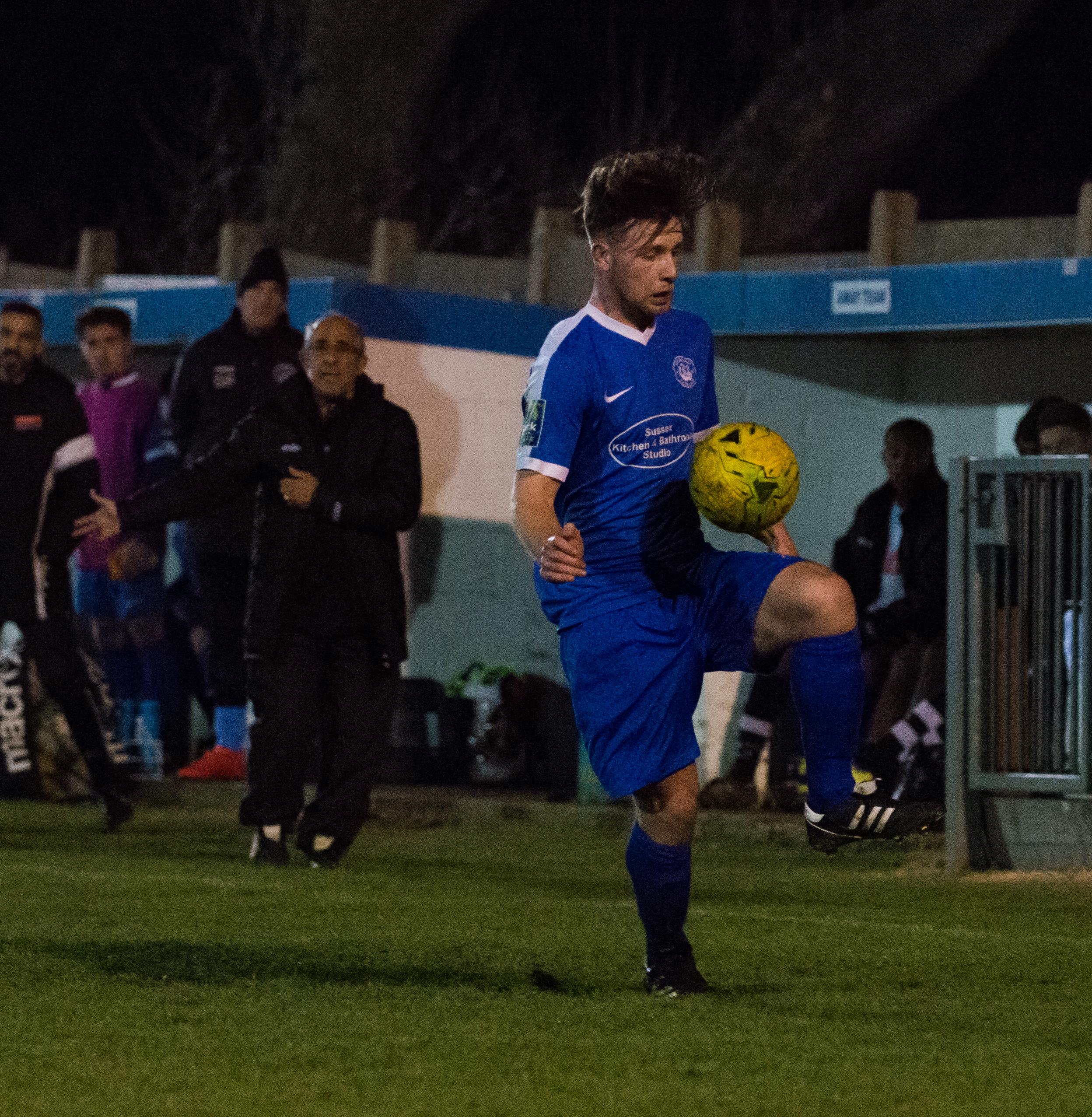Shoreham FC vs Molesey FC 02.12.17 104