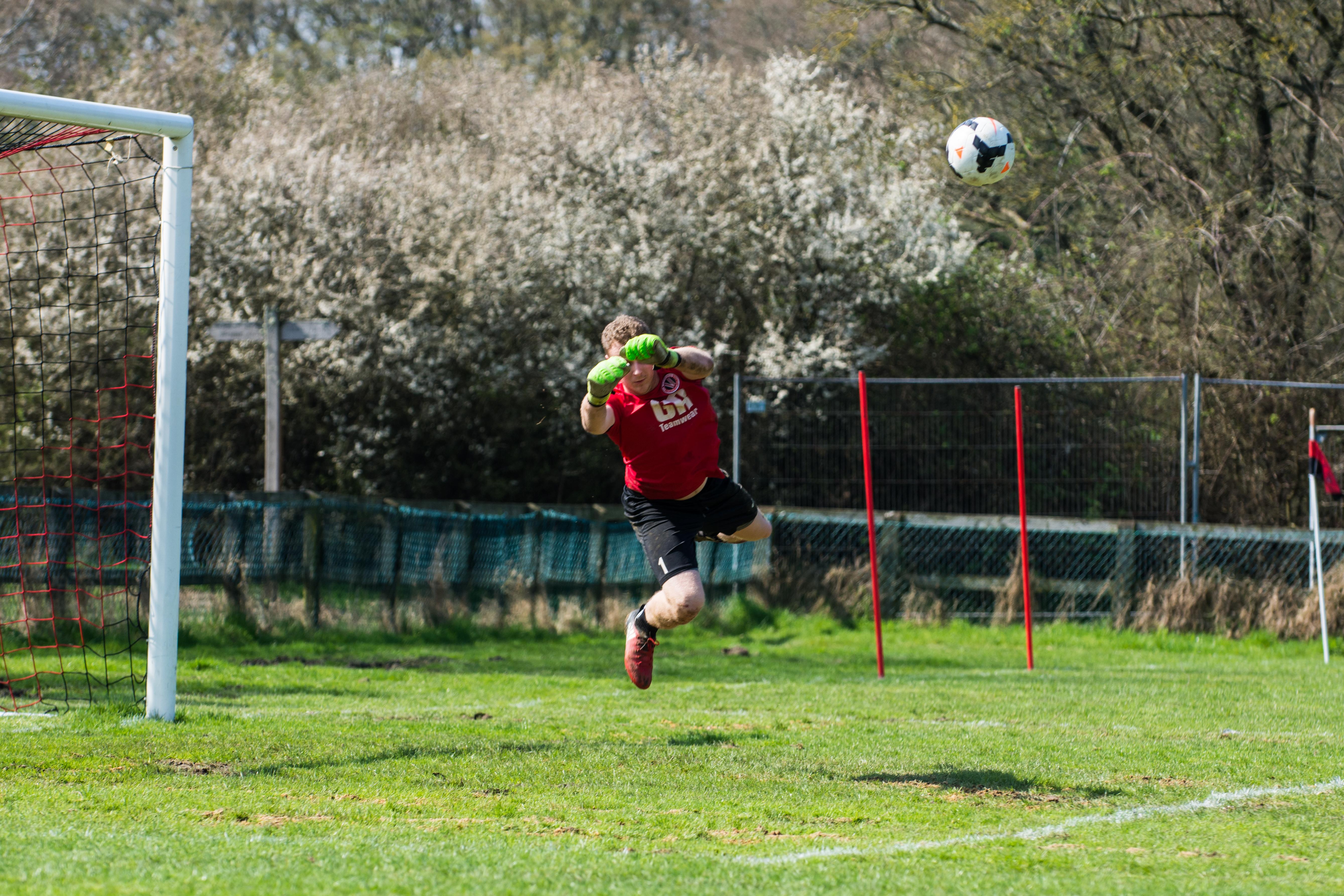 DAVID_JEFFERY Billingshurst FC vs AFC Varndeanians 14.04.18 06