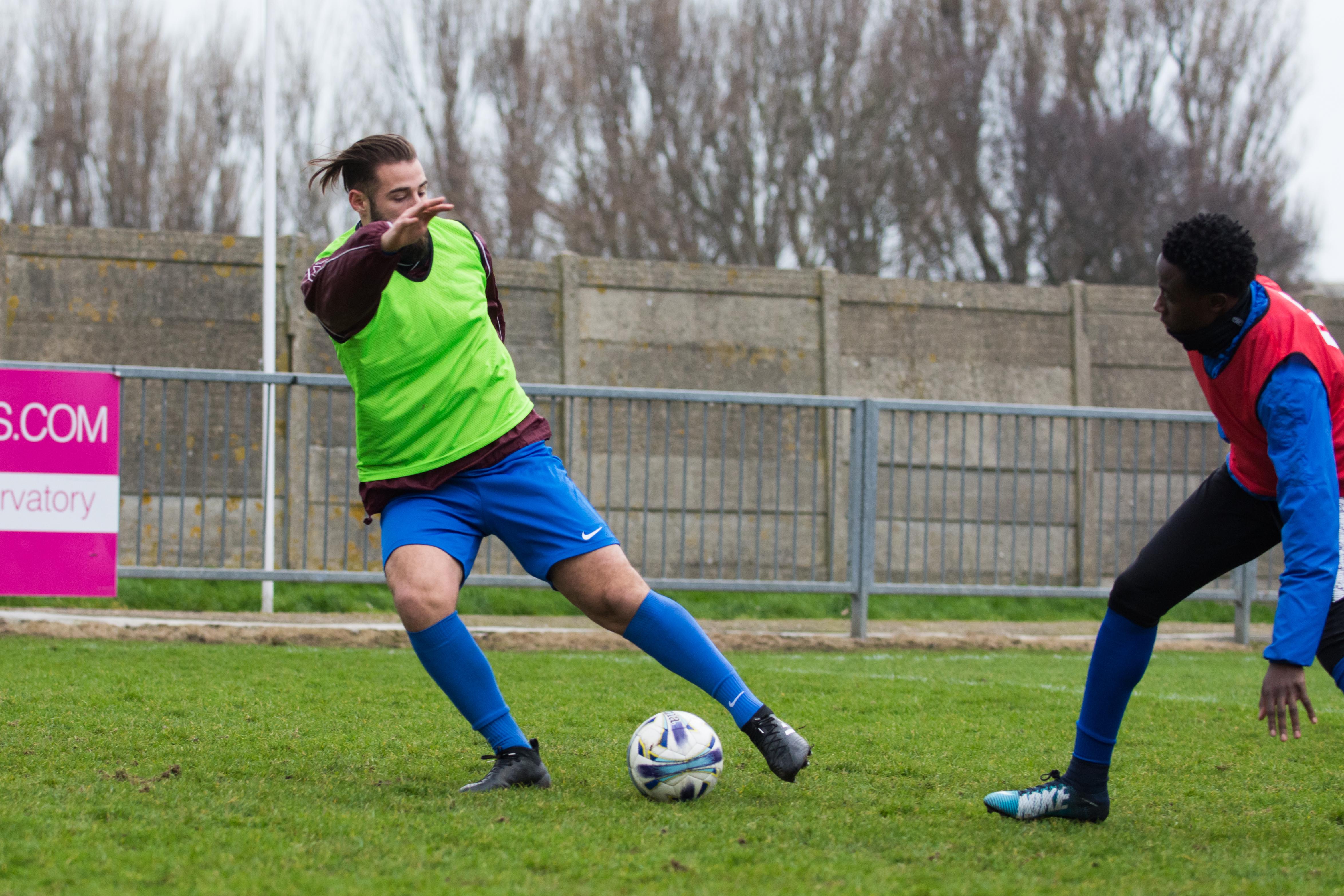 Shoreham FC vs Phoenix Sports 13.01.18 04