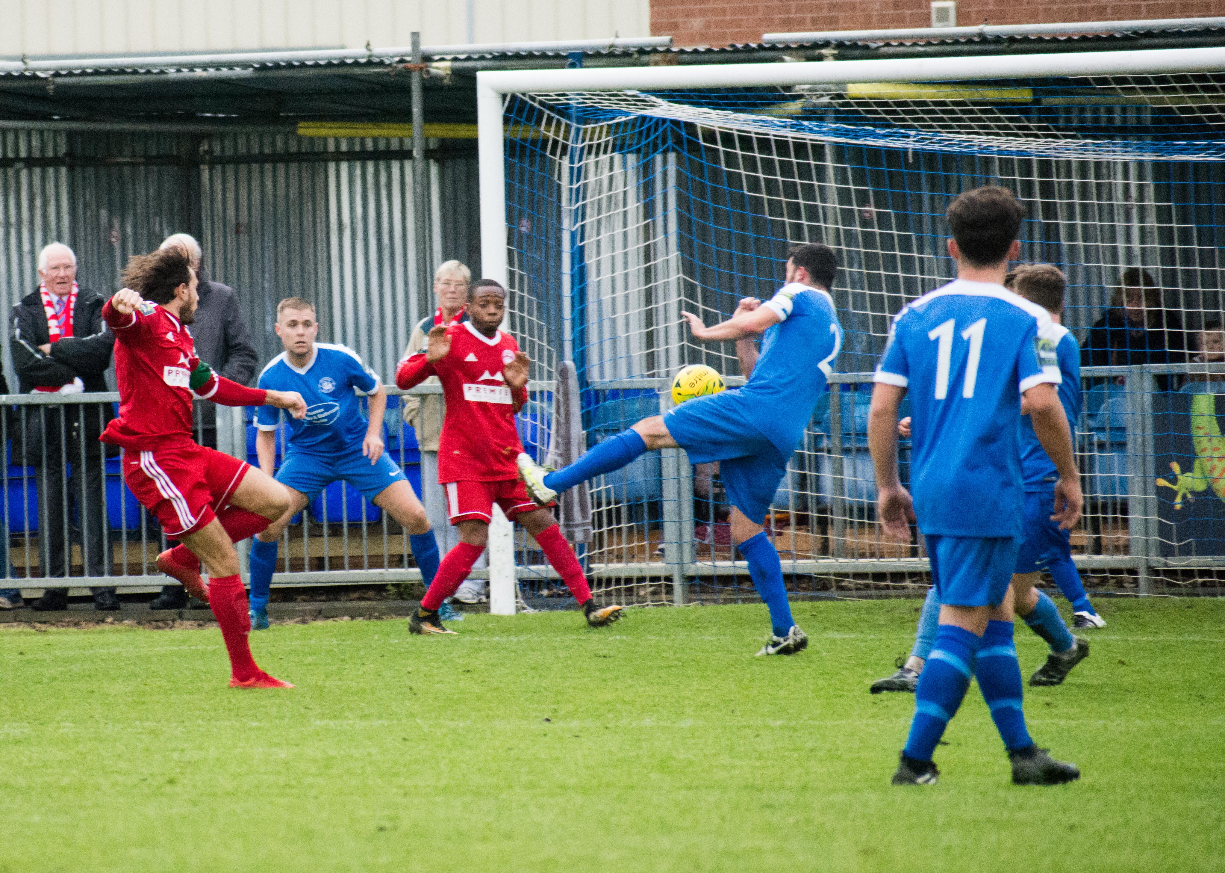 Shoreham FC vs Hythe Town 11.11.17 43