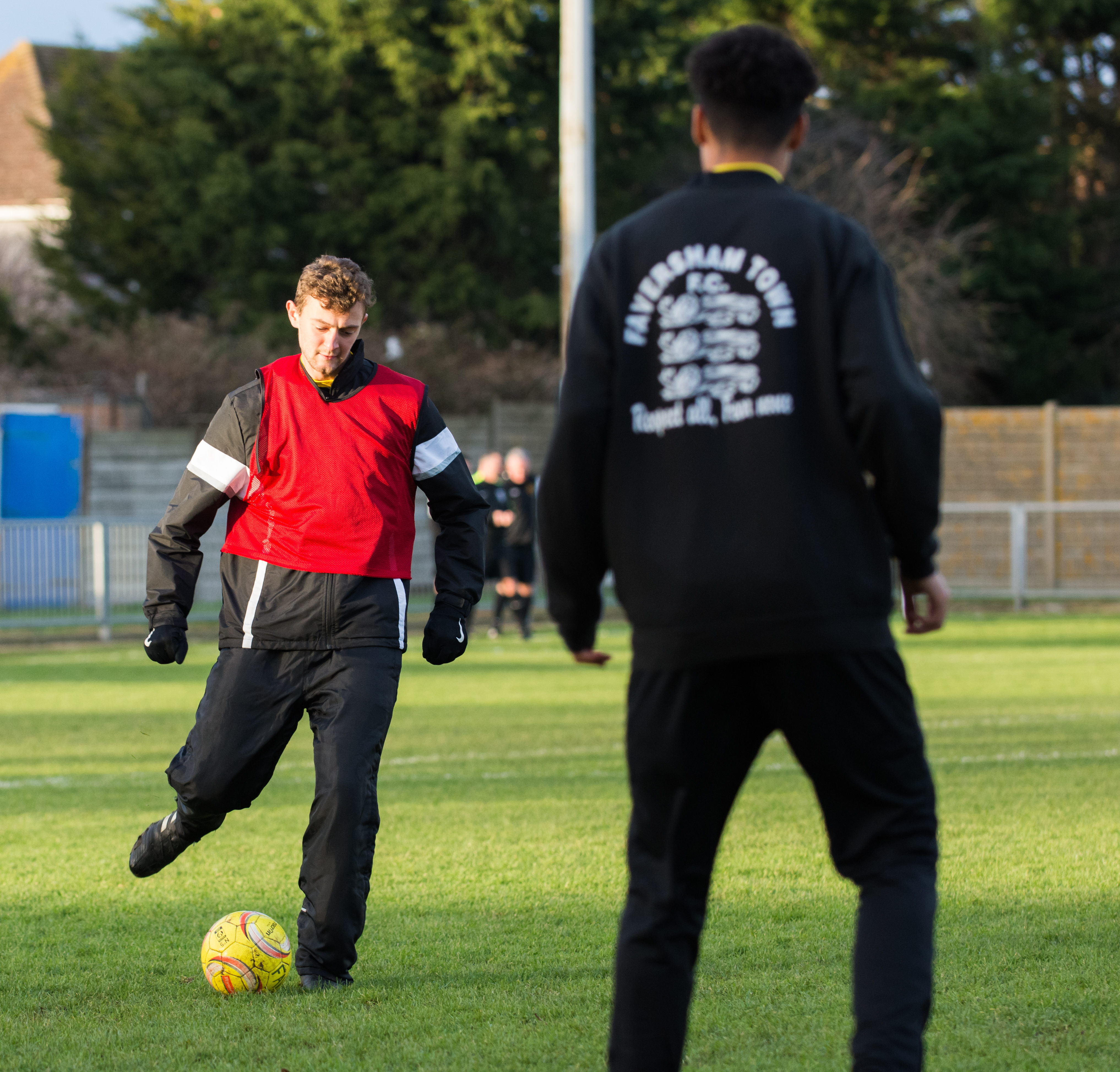 Shoreham FC vs Faversham Town 16.12.17 13