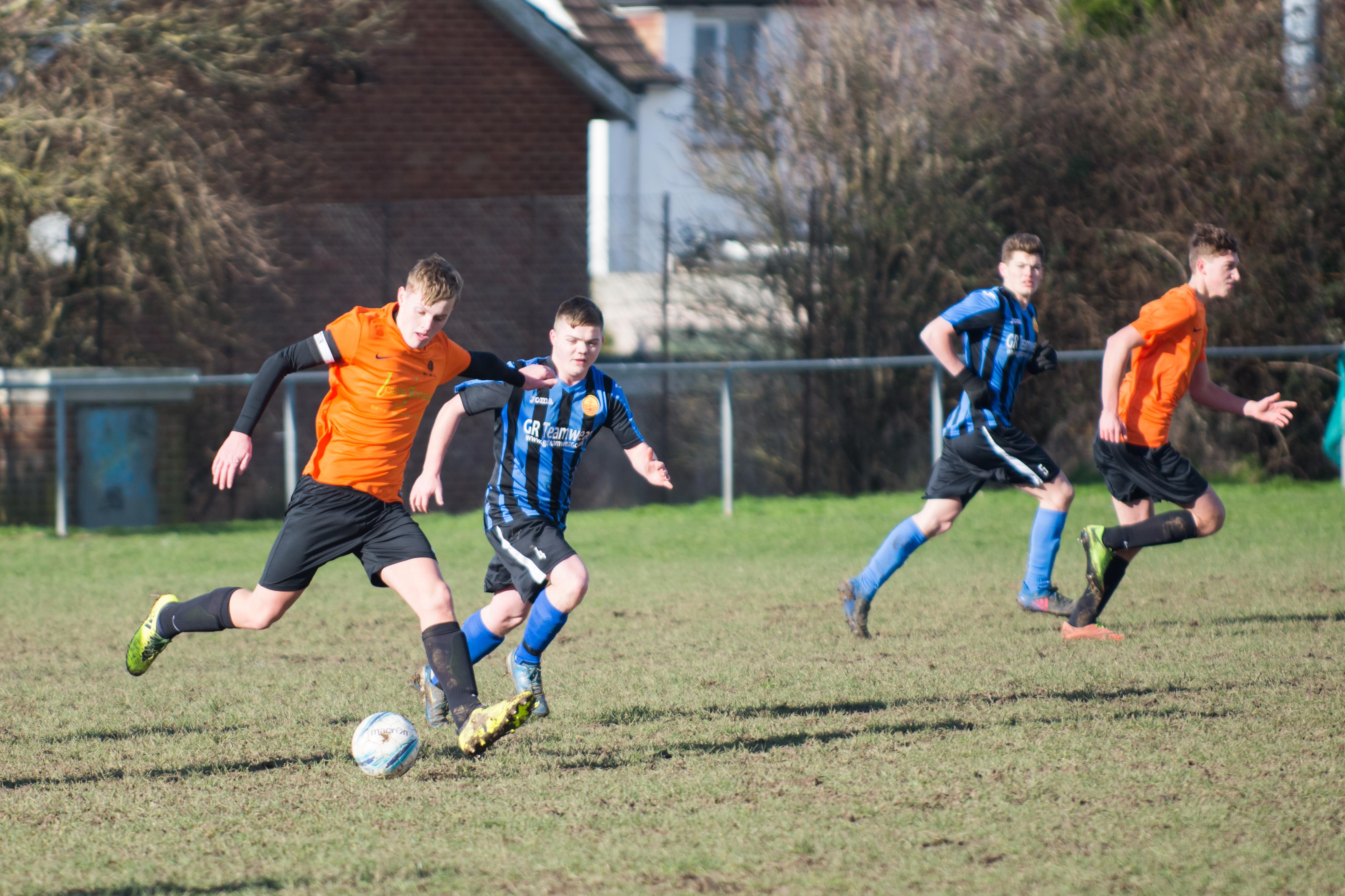 Mile Oak FC U18s vs Newhaven FC U18s 04.02.18 14