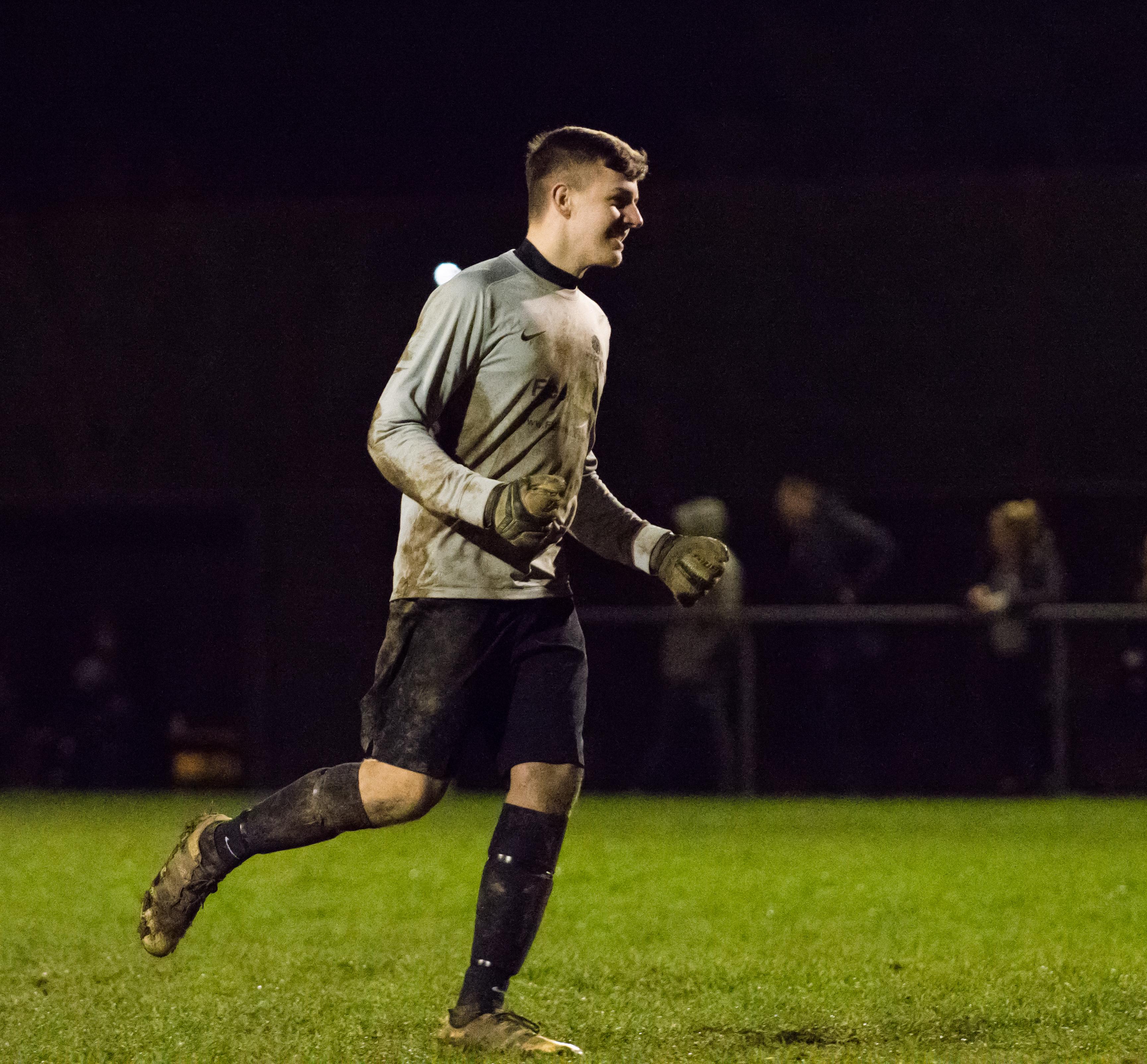 Mile Oak U21s vs Southwick FC U21s 14.12.17 28
