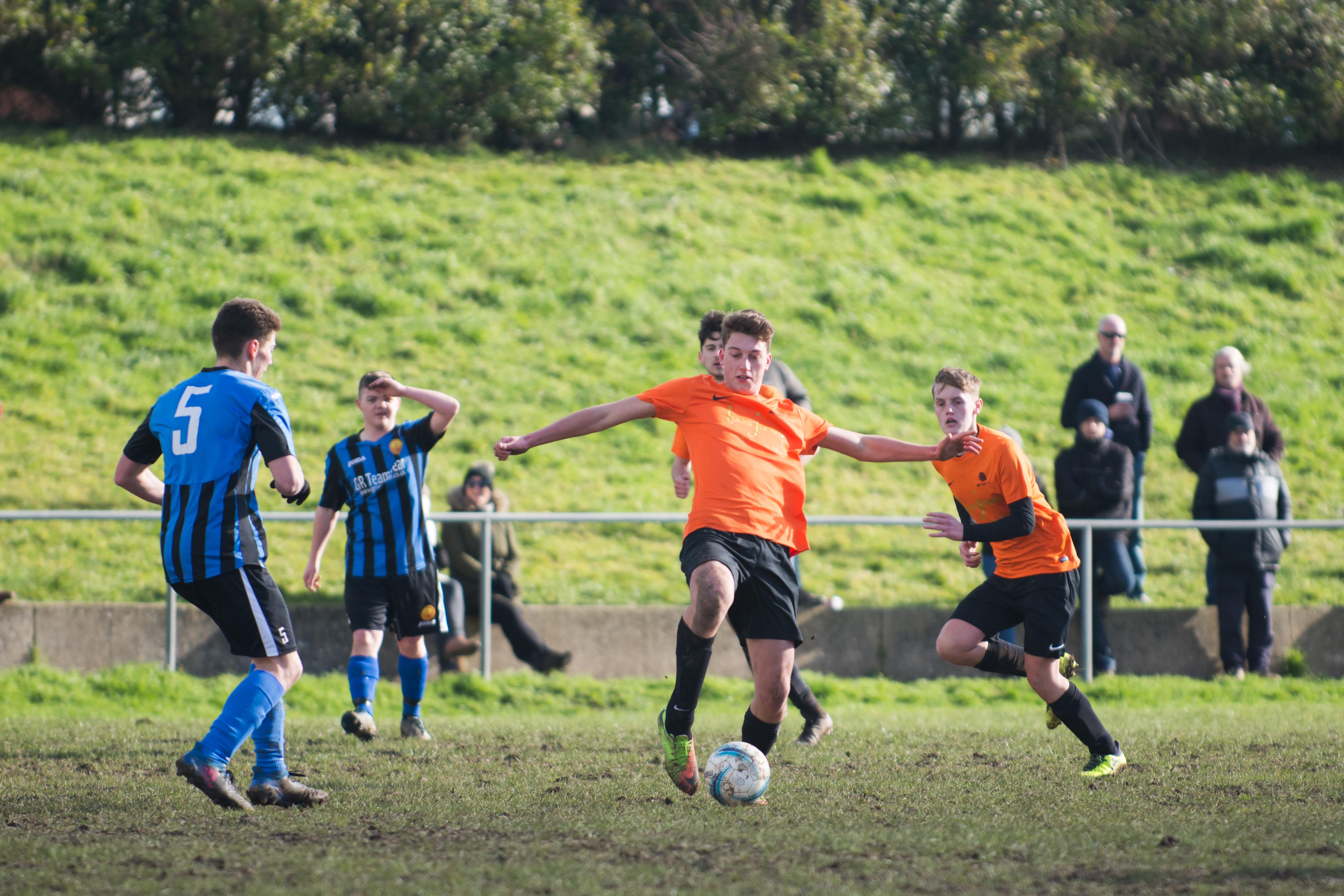 Mile Oak FC U18s vs Newhaven FC U18s 04.02.18 18