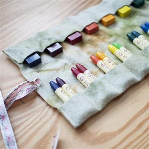 The Fundamentals of Play: Art Materials