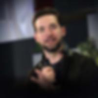 Alexis-Ohanian_Speaker_400x400_1.jpg