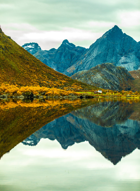Norway_64.jpgReflection - Lofoten - Norway