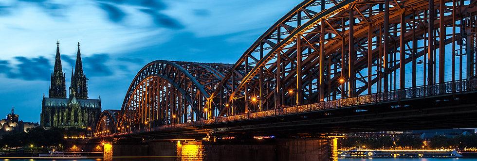 Hohenzollernbrücke in Köln