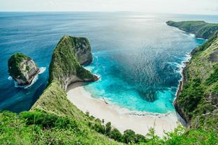 kelingking-secret-point-beach-04119.jpg