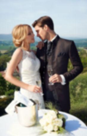 Мужские костюмы Wilvorst в свадебном салоне Topaza Pella