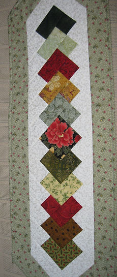 table%20runner%20quilt%20as%20you%20go%2