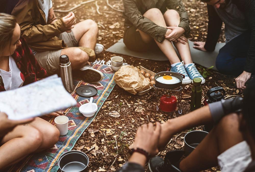 Was isst man so auf einem Festival? Wir verraten dir alles was du beim Einkaufen beachten musst.