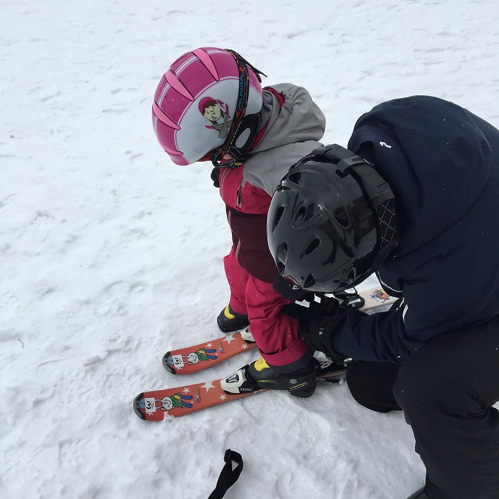 Montage der Snowly Skis