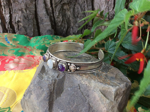 Cuff Bracelet from India, adjustable with opal and amethyst