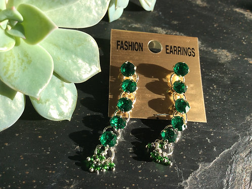 Earrings goldlike metal with green cristals