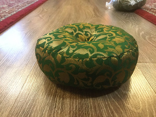 Cushion for singing bowl, round and green