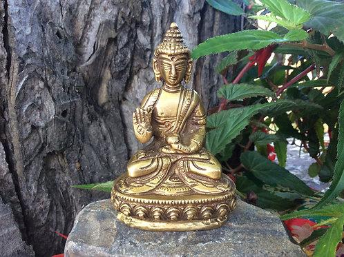 Statuette du Bouddha : moudra de protection
