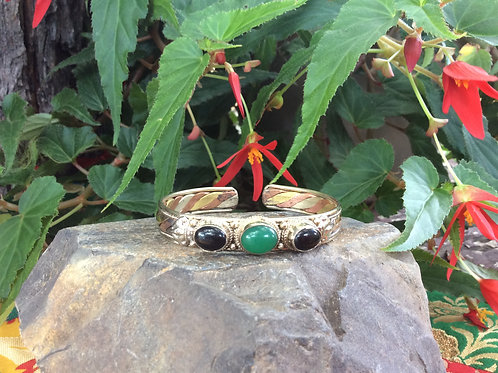 Cuff Bracelet handcrafted in India with moss Agate and Onyx