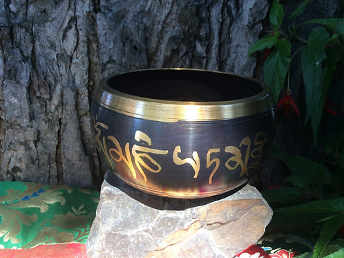 Tibetan singing bowl 12 cm, painted in black and gold