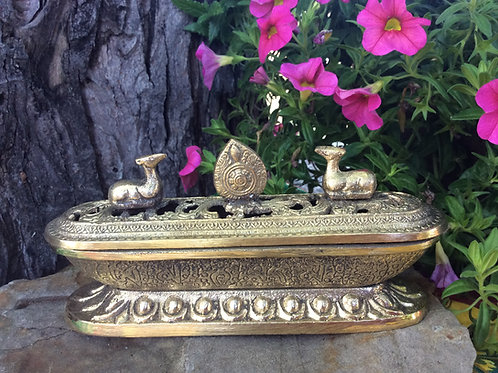 Incense burner in brass with Dharma Wheel and Deers