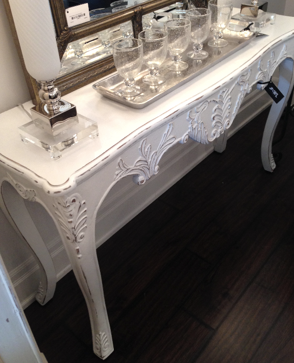 DECORATIVE CONSOLE TABLE