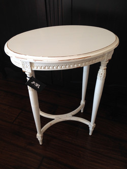 ANTIQUE OVAL SIDE TABLE FROM FRANCE
