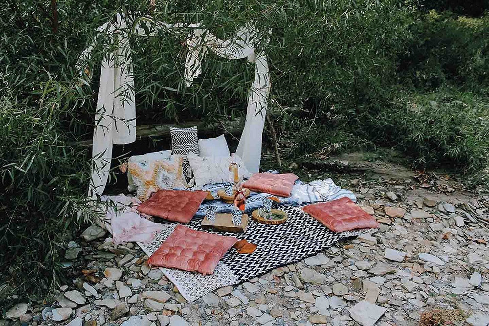 create a beautiful campsite perfect for glamping with friends