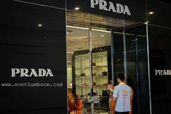 ทำบุญร้าน Prada  At Emquartier1