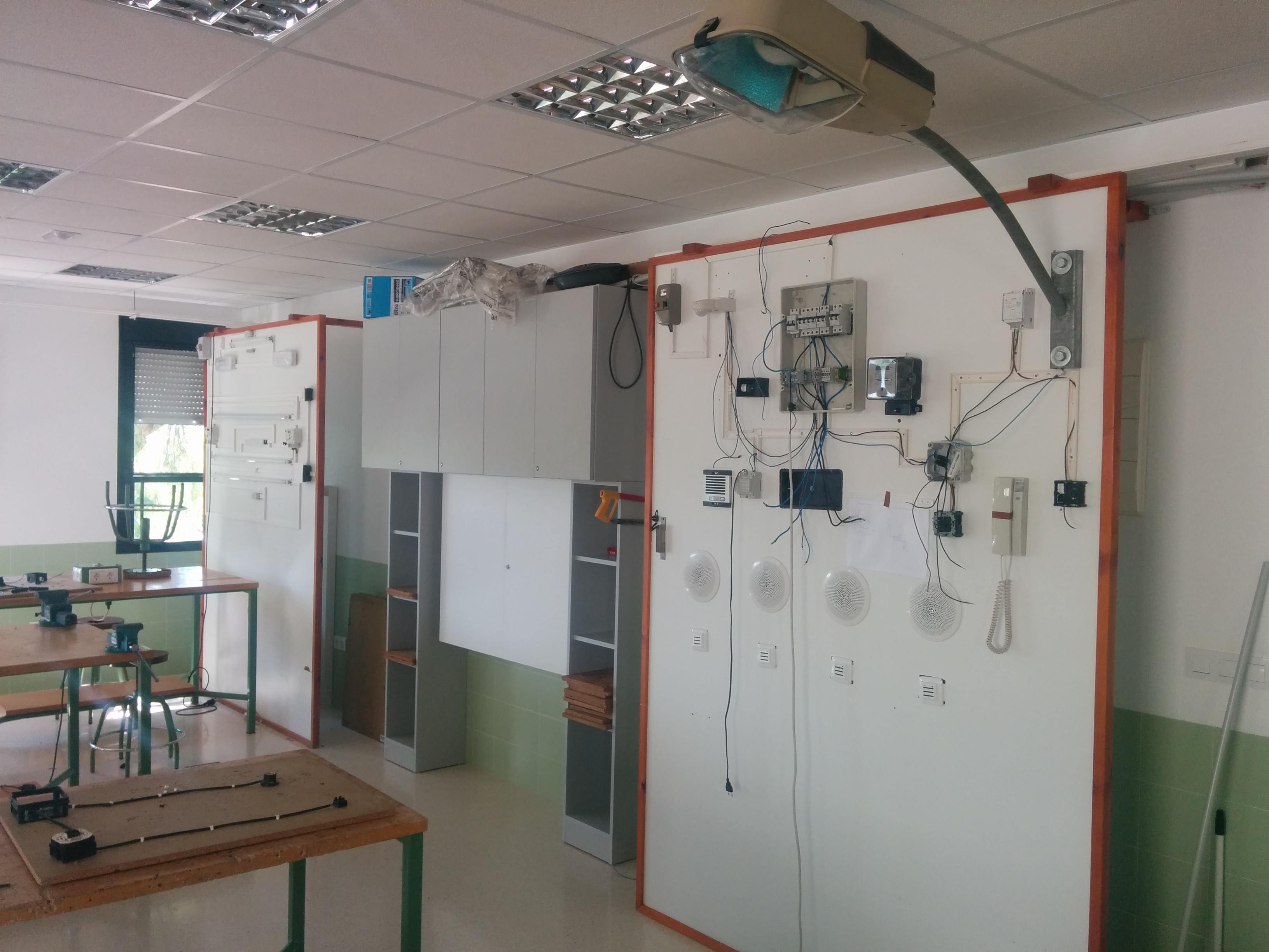 Aula FPB Electricidad y Electronica