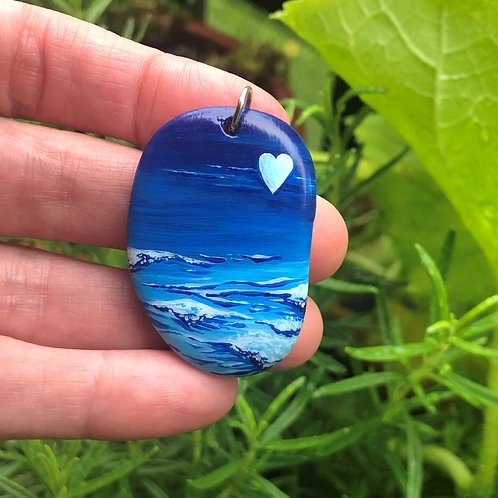 Hand-painted pendant - Ocean is Calling (Fin/Heart on back)