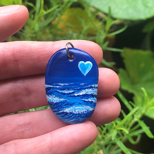 Hand-painted pendant - The Ocean is Calling (v6)