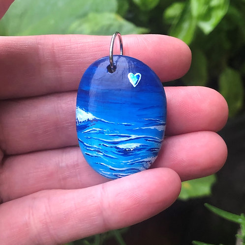 Hand-painted pendant - The Ocean is Calling (bubble)
