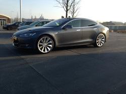 Tesla S P85+