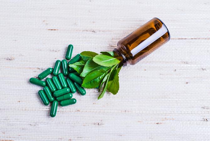 Les produits de santé naturels : Bons, mauvais, une nécessité ou du marketing?