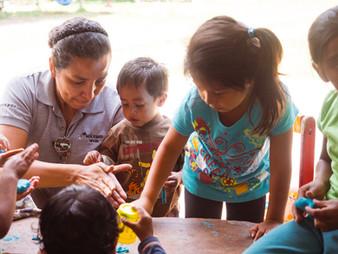 childcare-volunteering-guatemala (1).jpg