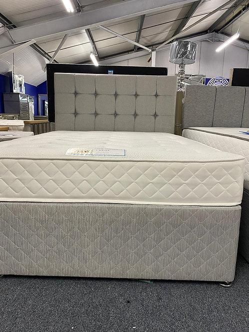 Chloe Bed set