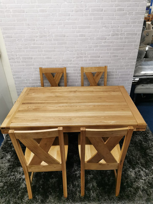 1.5m Arpege table and 4 Enzo chairs