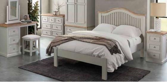 Ancona bedroom