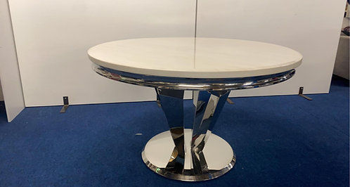 Arturo Round Dining Table plus 4 Champagne Belvedere Dining Chairs
