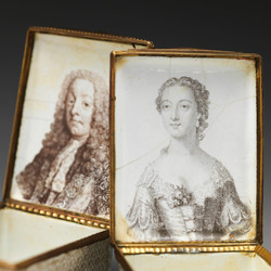 pair of snuff boxes