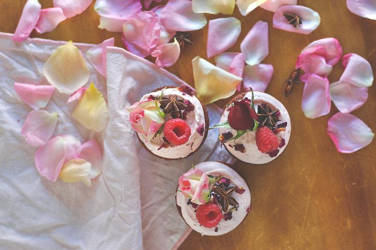 spiced honey rose baby cakes