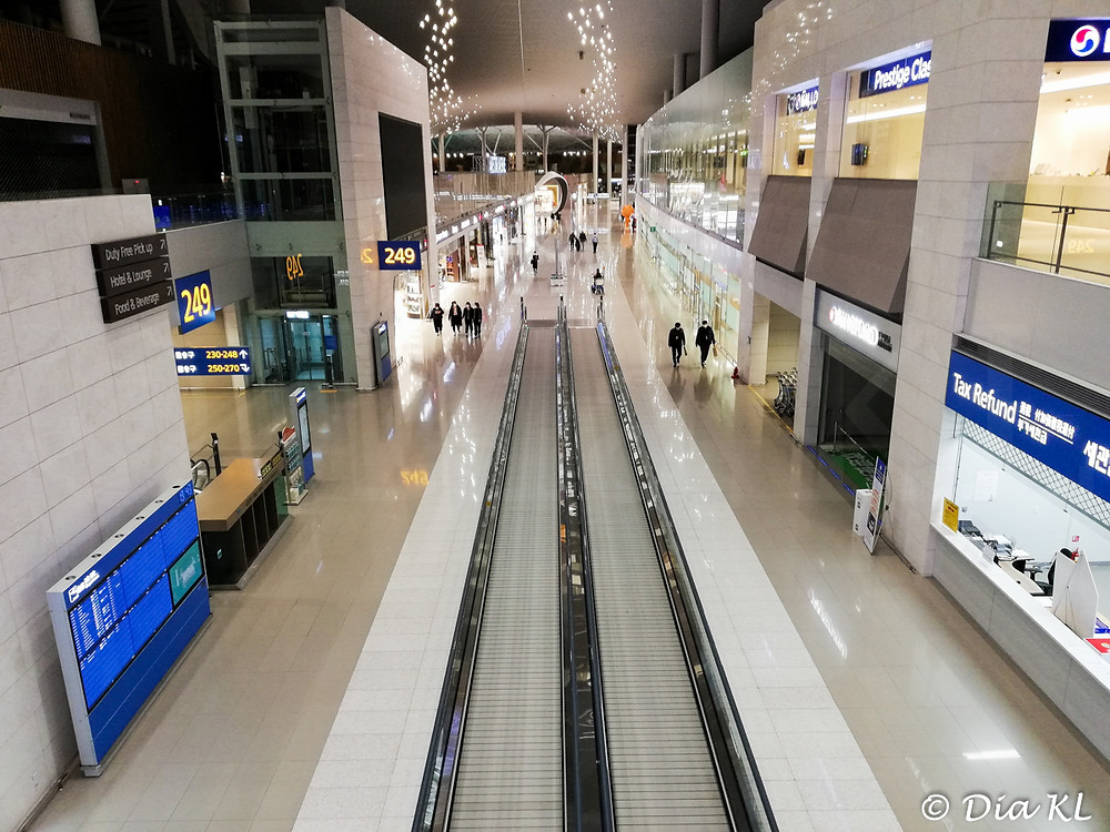One of the main corridors, Terminal 2 Incheon international airport, South Korea. January 2021. Covid 19 pandemic second wave.