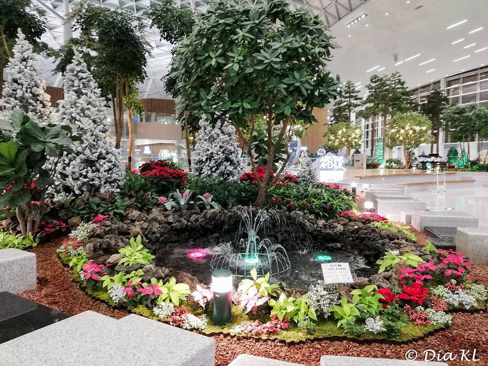 A little fountain, Terminal 2, Incheon international airport, South Korea. January 2020. Covid19 pandemic second wave.