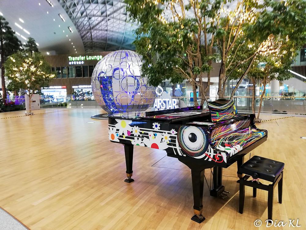 A piano, Terminal 2, Incheon international airport, South Korea. January 2020. Covid19 pandemic second wave.