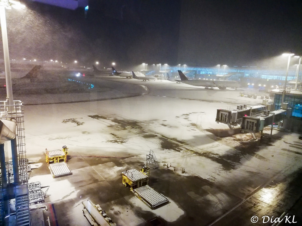 Snow in the runways, Incheon international airport, South Korea. January 2021. Covid19 pandemic second wave.